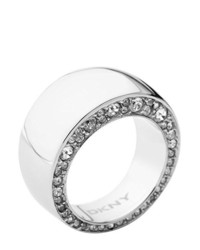 Bague blanche DKNY