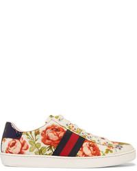 Baskets basses à fleurs blanches