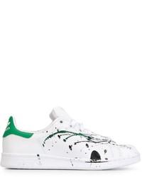Baskets basses blanc et vert adidas