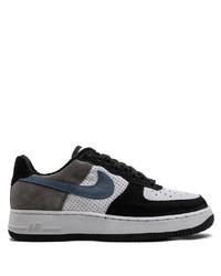 Baskets basses blanches et noires Nike