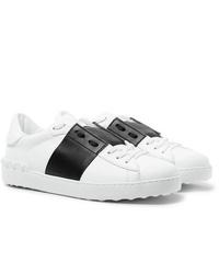 Baskets basses en cuir blanches et noires Valentino