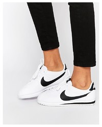 Baskets basses en cuir blanches Nike