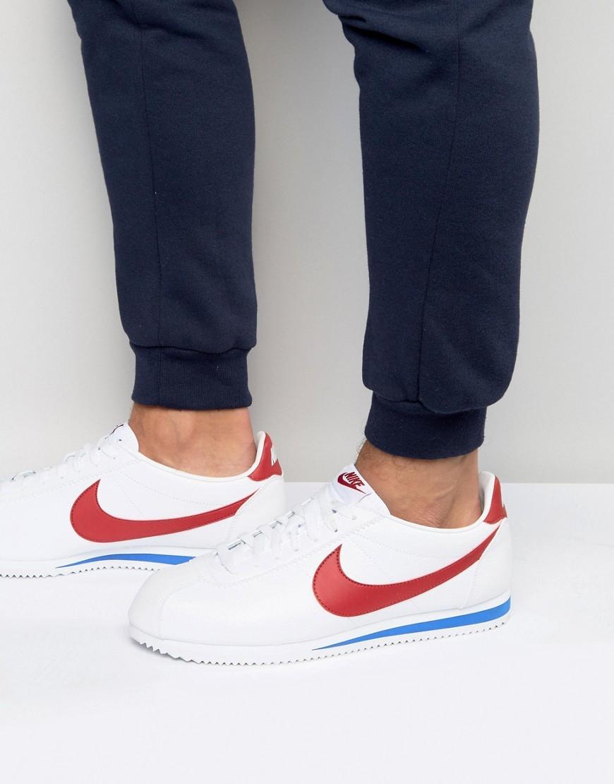 Baskets basses en cuir blanches Nike
