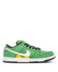 Baskets basses en cuir vertes Nike