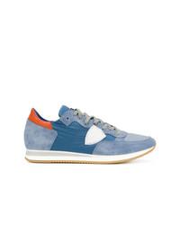Baskets basses en daim bleu clair Philippe Model