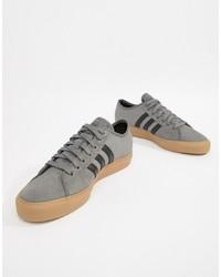 Baskets basses en daim grises Adidas Skateboarding