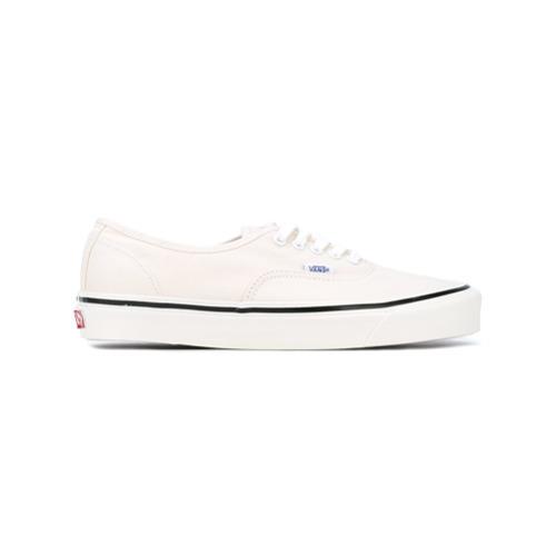 Baskets basses en toile blanches Vans