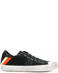 Baskets basses en toile noires et blanches Philippe Model