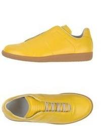 Baskets basses jaunes