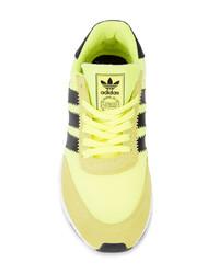 Baskets basses jaunes adidas