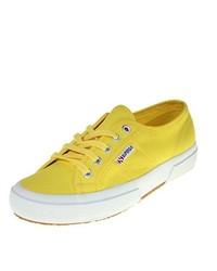 Baskets basses jaunes Superga