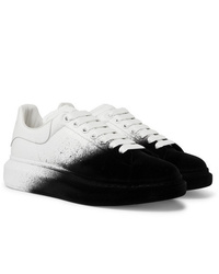 Baskets basses noires et blanches Alexander McQueen