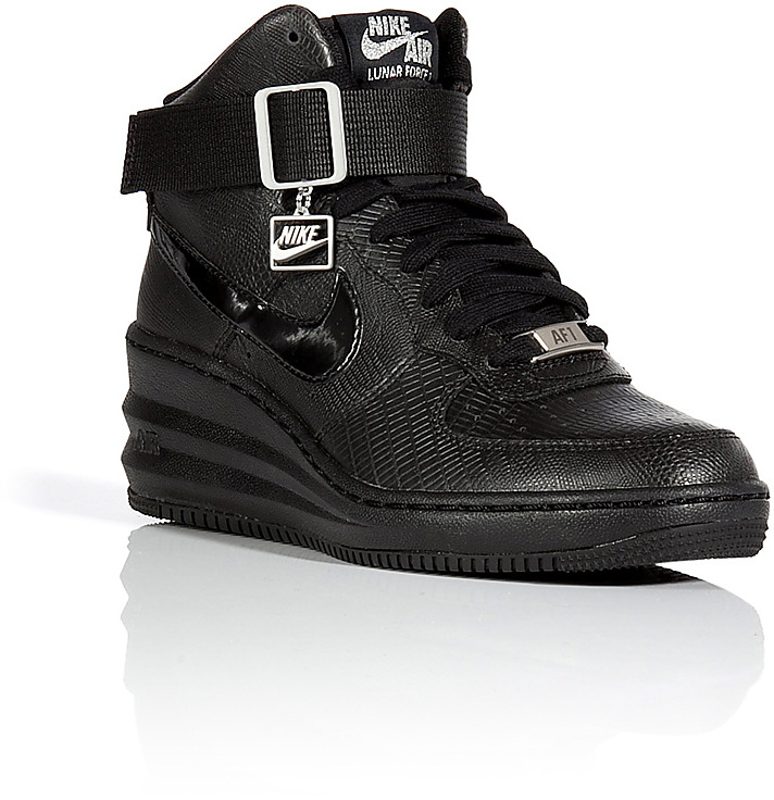 basket nike compensée noir