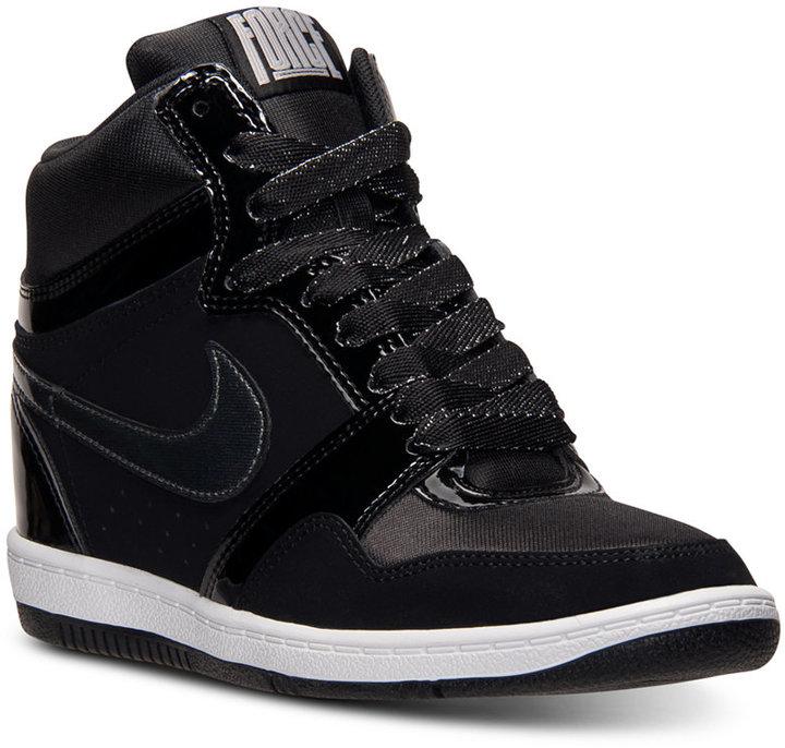 Basket Nike Noir Compensé
