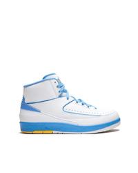 Baskets montantes en cuir blanches Jordan