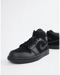 Baskets montantes en cuir noires Jordan