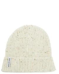 Bonnet en tricot blanc
