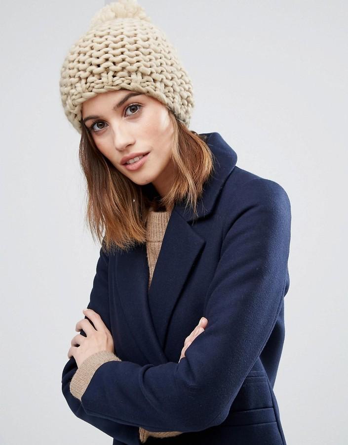Bonnet en tricot marron clair Vila