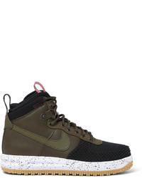 Bottes en cuir marron foncé Nike
