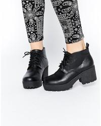 Bottines à lacets en cuir épaisses noires Asos