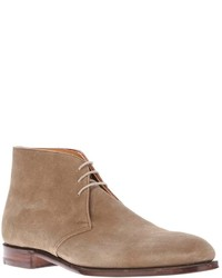 Bottines chukka en daim beiges Crockett Jones
