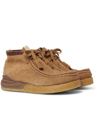 Bottines chukka en daim marron clair VISVIM
