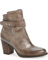 Bottines en cuir marron
