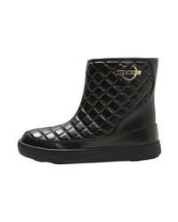 Bottines en cuir noires Moschino