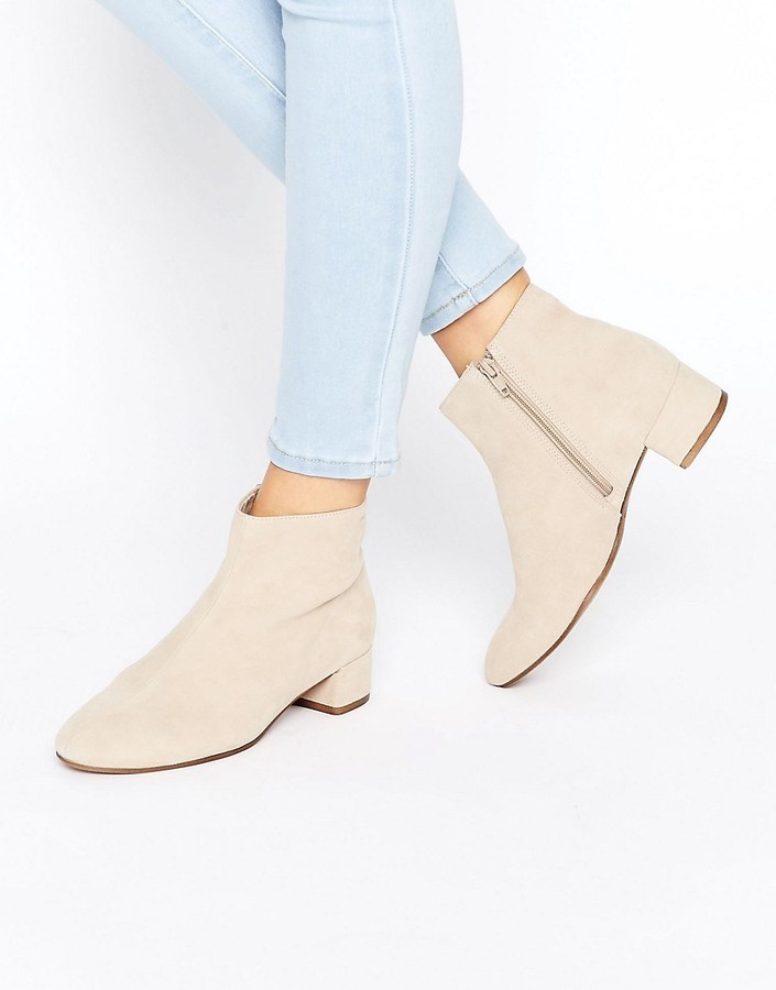 Bottines en daim beiges Vagabond