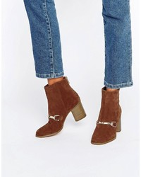 Bottines en daim brunes Asos