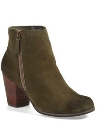 Bottines en daim olive