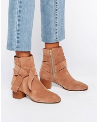 Bottines en daim tabac Asos