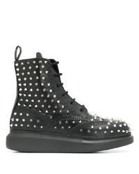 Bottines plates à lacets en cuir à clous noires Alexander McQueen