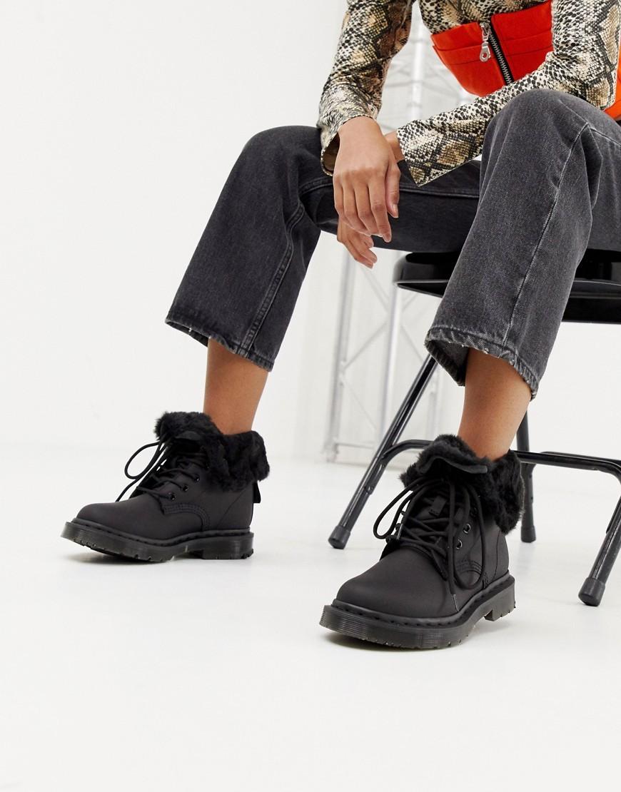 Bottines plates à lacets en cuir noires Dr. Martens