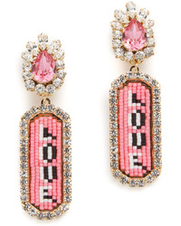 Boucles d'oreilles ornées de perles roses
