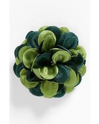 Broche à fleurs verte