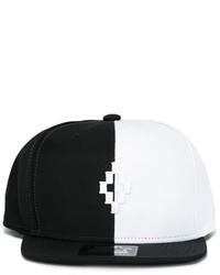 Casquette de base-ball blanche et noire