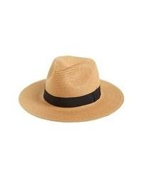 Chapeau de paille brun clair
