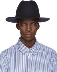 Chapeau en laine bleu marine A.P.C.