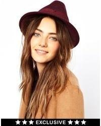 Chapeau en laine bordeaux Catarzi