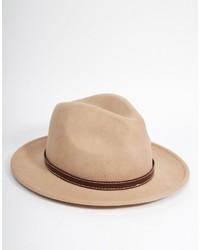 Chapeau en laine marron clair Asos