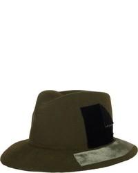 Chapeau en laine olive