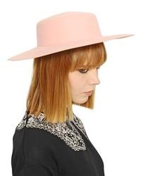 Chapeau en laine rose
