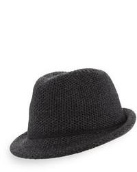 Chapeau gris foncé
