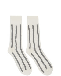 Chaussettes à rayures horizontales blanches Issey Miyake Men