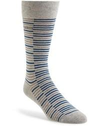 Chaussettes à rayures horizontales grises