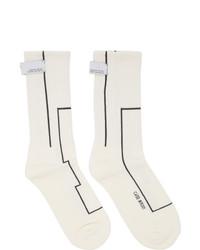 Chaussettes imprimées blanches et noires C2h4