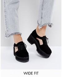 Chaussures à lacet en dentelle épaisses noires Asos