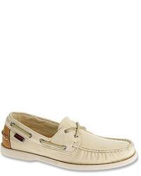 Chaussures bateau en cuir beiges