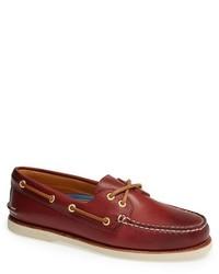 Chaussures bateau en cuir bordeaux
